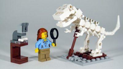 מדע, לגו, דינוזאור