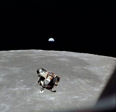"""אפולו 11, נאס""""א, ירח, קלוד שאנון"""