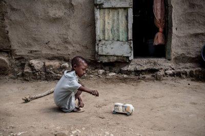 האיטי, עוני, ילד