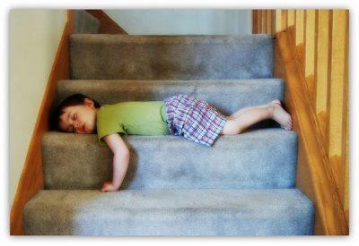 ילד, רדום, מדרגות, נרקולפטי