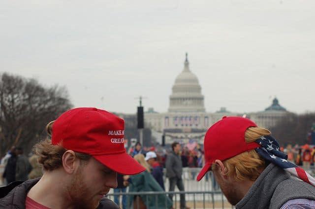 כובעים, Make America Great Again