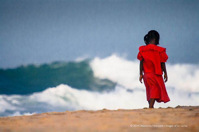סרי לנקה, חוף הים, ילדה