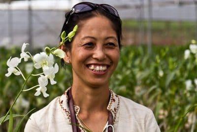 מניפור, הודו, אישה