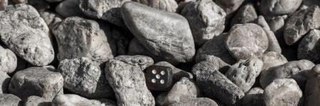 קובית משחק, אבנים