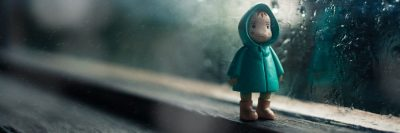 בובה, ילדה, גשם, חלון