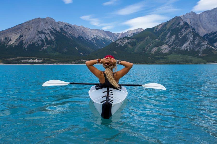 קאנו, שיט, שלווה, אישה צעירה, אגם, הרים