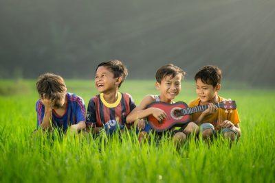 ילדים, אינדונזיה, ברצלנוה