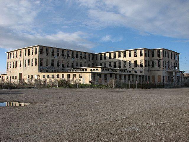 בית חולים, אוקלנד, קליפורניה