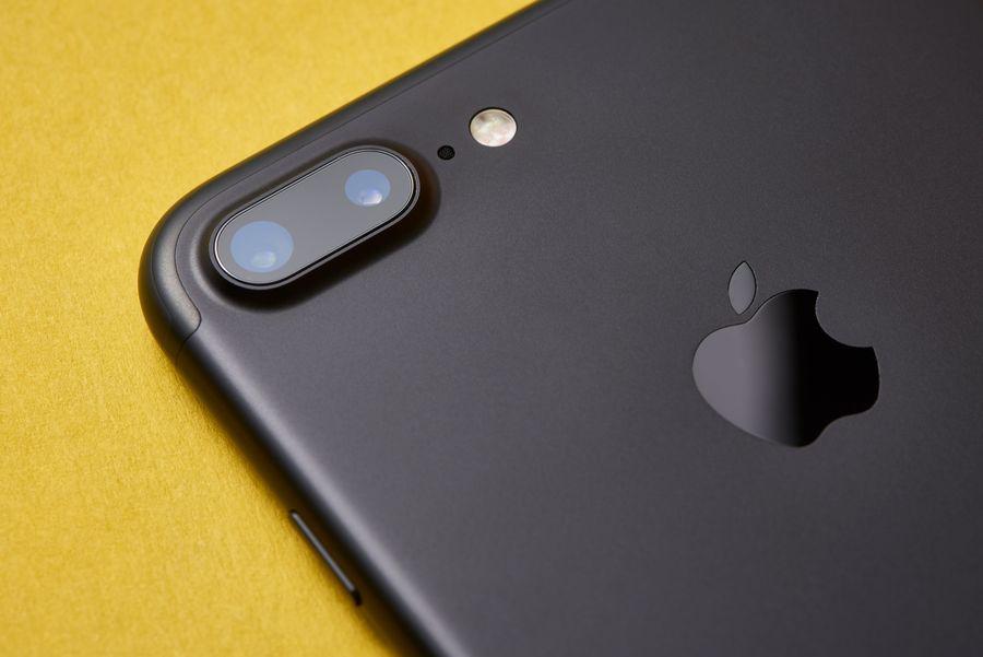 אייפון, מצלמה