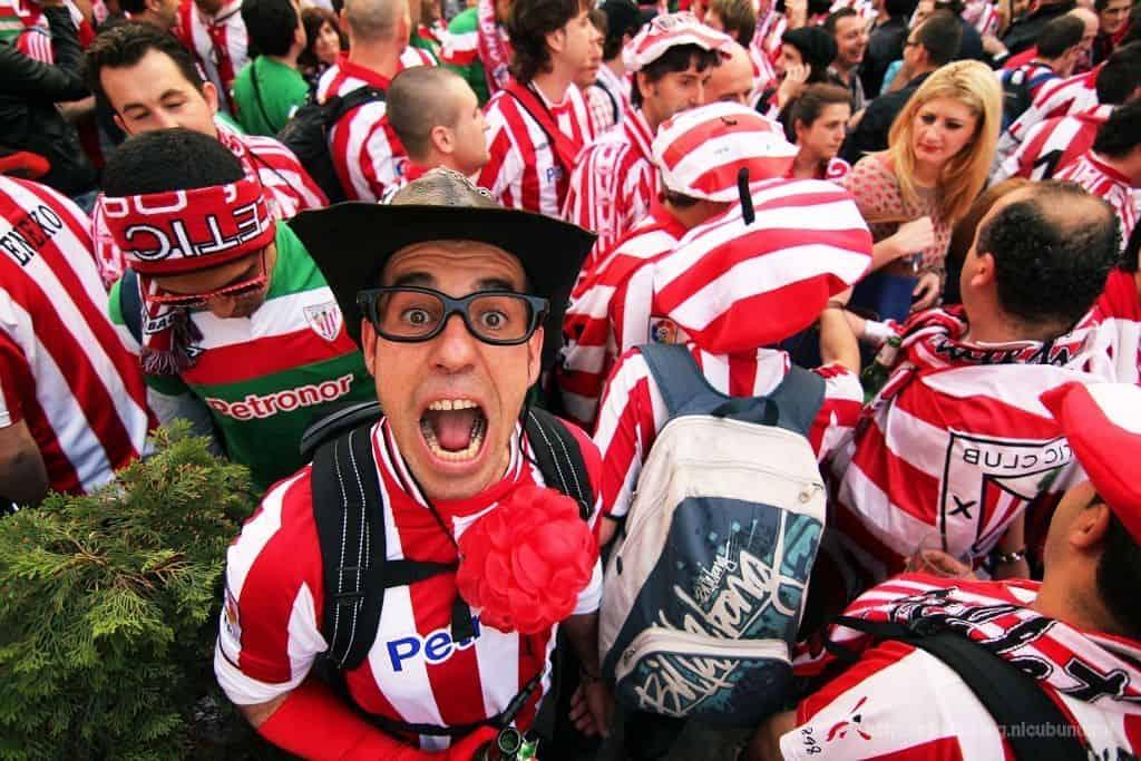 אוהדי כדורגל, ספרדים