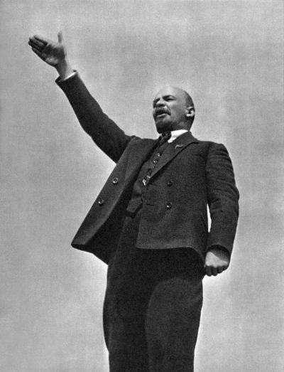 לנין, גרגורי גולדשטיין, הכיכר האדומה