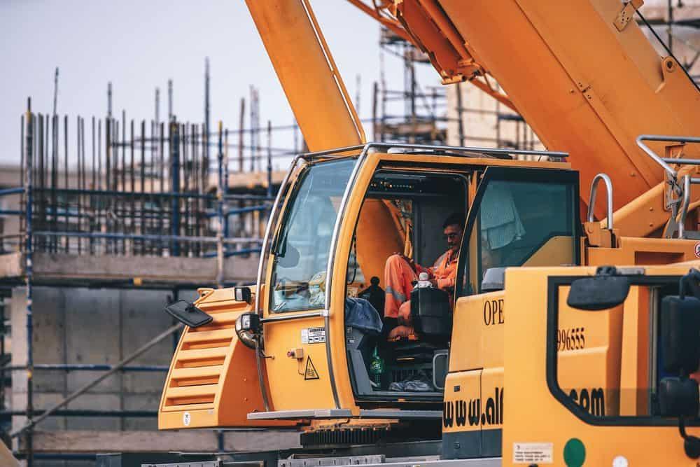 דובאי, בנייה, מנוף, פועל זר