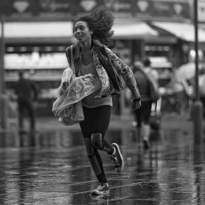 גשם, לרוץ בגשם, רחוב