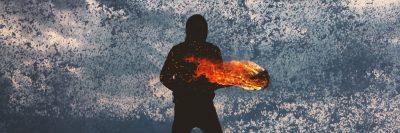 אש, מים, לפיד