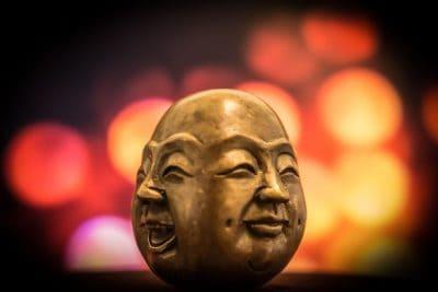 בודהא, צחוק