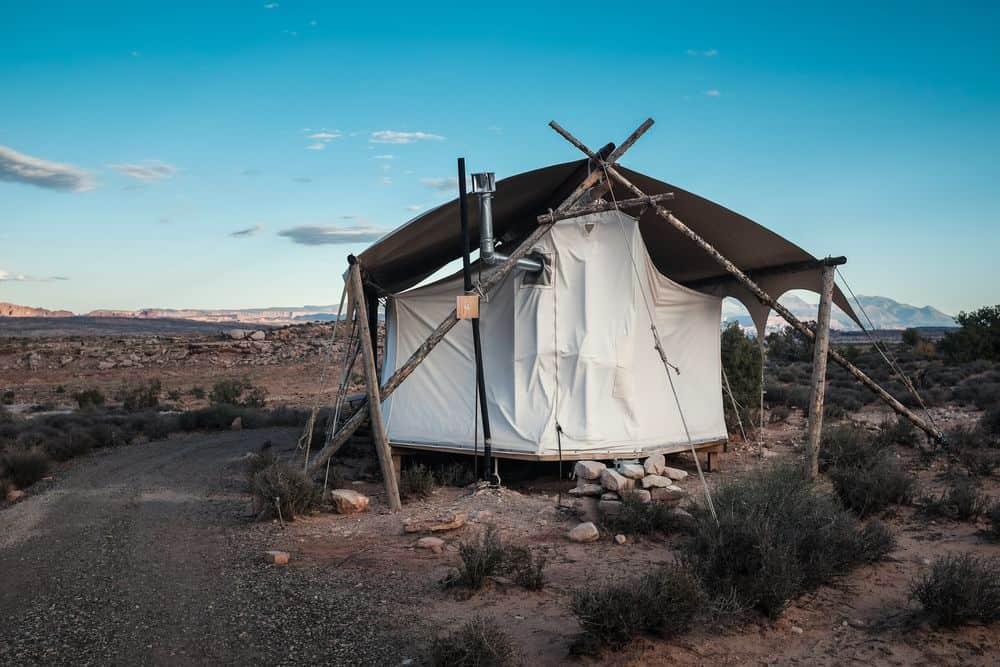 מדבר יהודה, בקתה, אוהל, קצה, ציוויליזציה