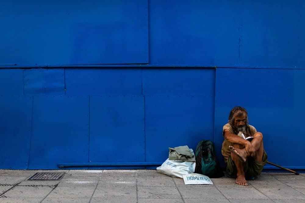 חסר בית, יוון