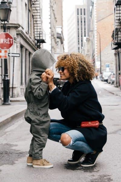 אמא, ילד, שיחה, ברדס