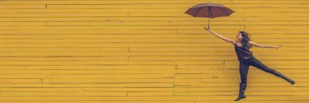 בחורה, צעירה, מטרייה, ריחוף