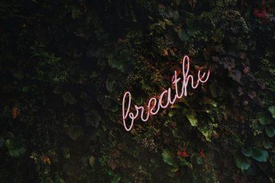 לנשום, אושר