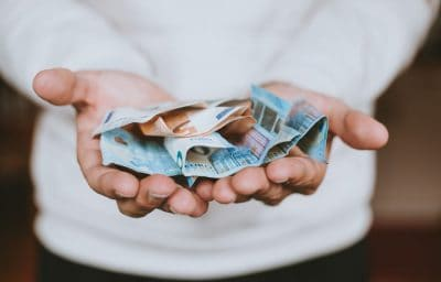 כסף, שטרות, אירו, מזל