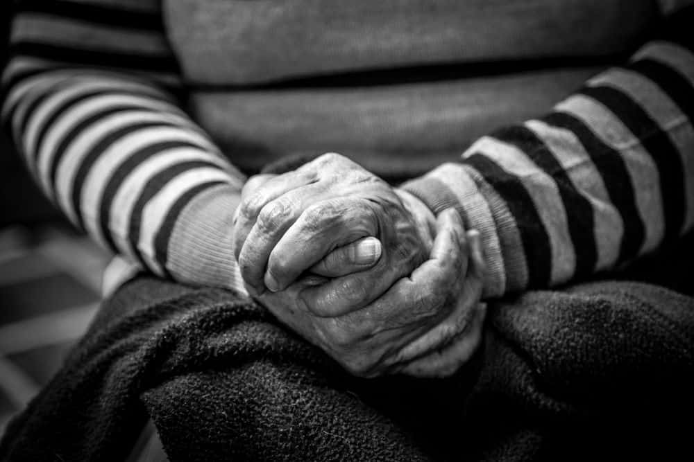 אישה, ידיים, זקנה