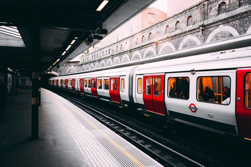 רכבת תחתית, לונדון, Sloane Square