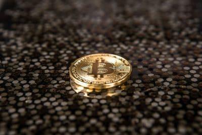 ביטקוין, זהב, מטבע