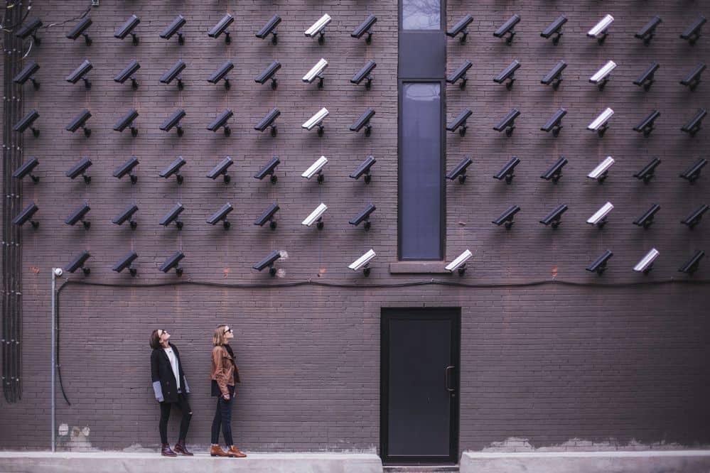 מצלמות אבטחה, טלוויזיה במעגל סגור, CCTV