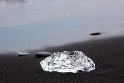 אבן צלולה, איסלנד