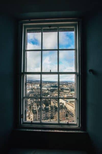 אדינבורו, סקוטלנד, חלון