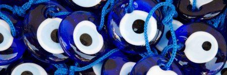 עין הרע, חרוזים כחולים