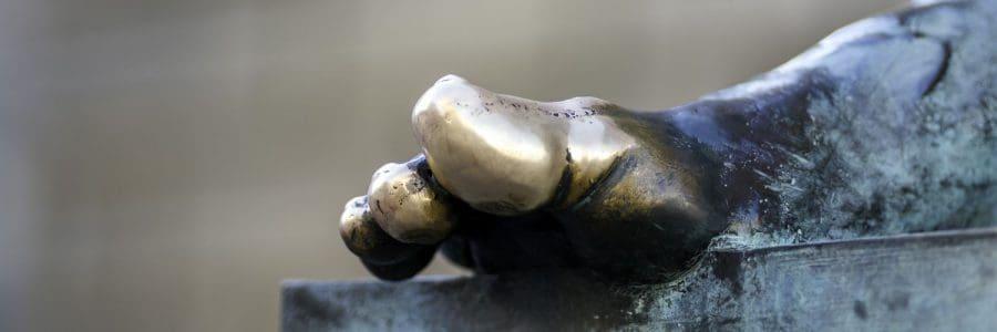 דיוויד היום, פסל, אדינבורו