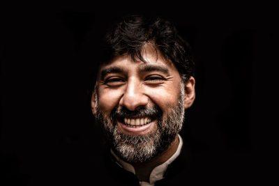 חיוך, מאור פנים, פקיסטאן