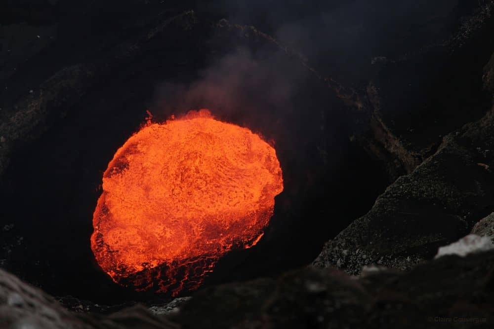 ונואטו, הר געש, לבה