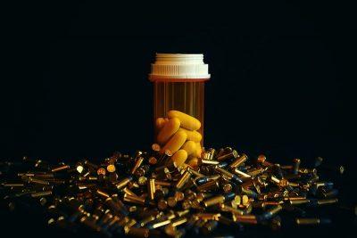 תרופות, כדורים, כמוסות, קליעים