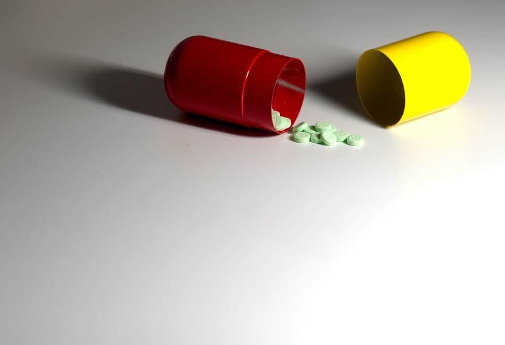 כדורים, כמוסות, תרופה