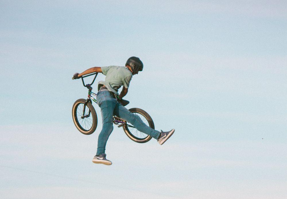 אופניים, BMX, פעלולים