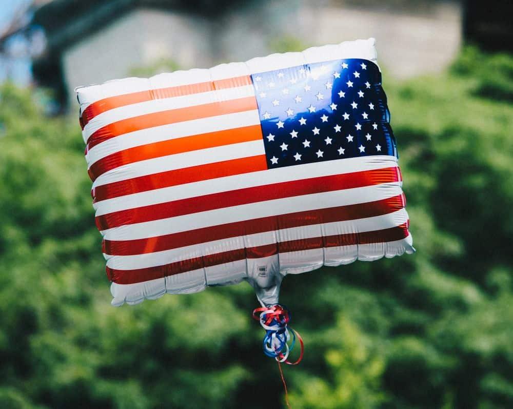 דגל אמריקני, בלון, הליום