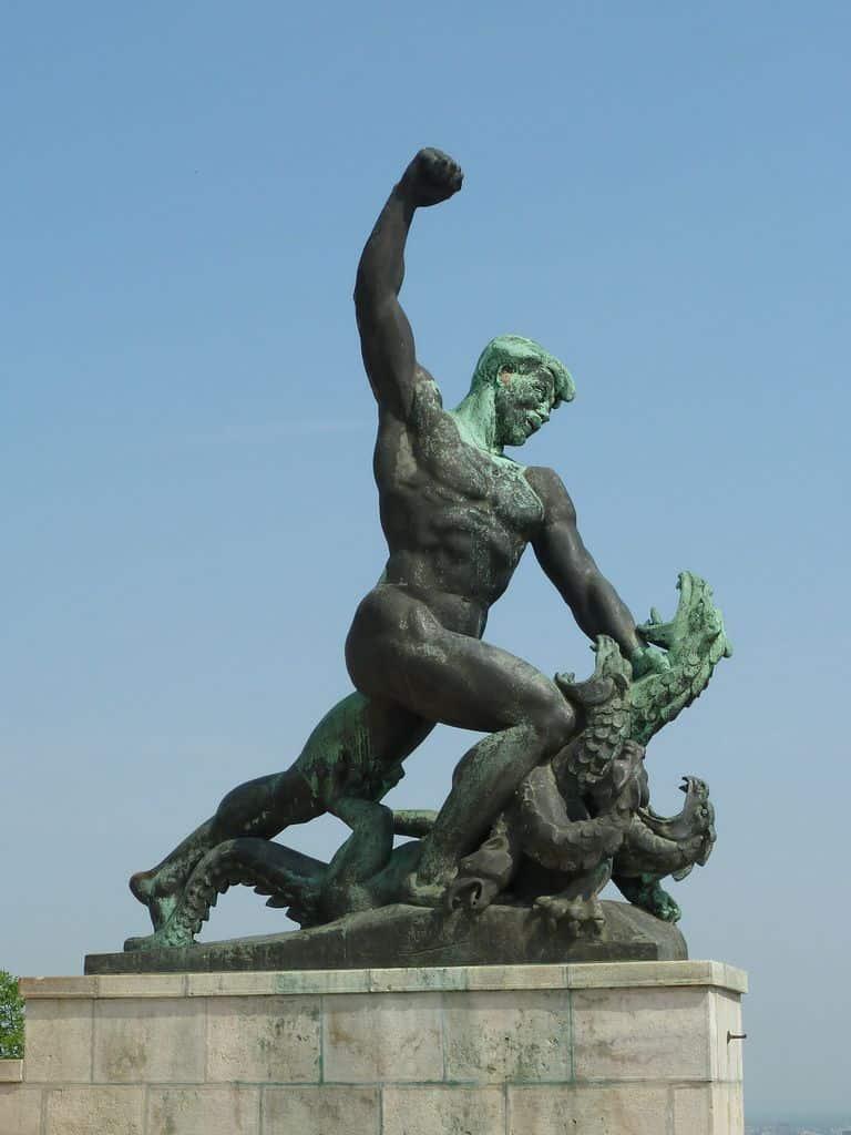 פסל, חירות, בודפשט