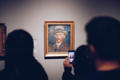 ואן גוך, מוזיאון, סמארטפון, צילום