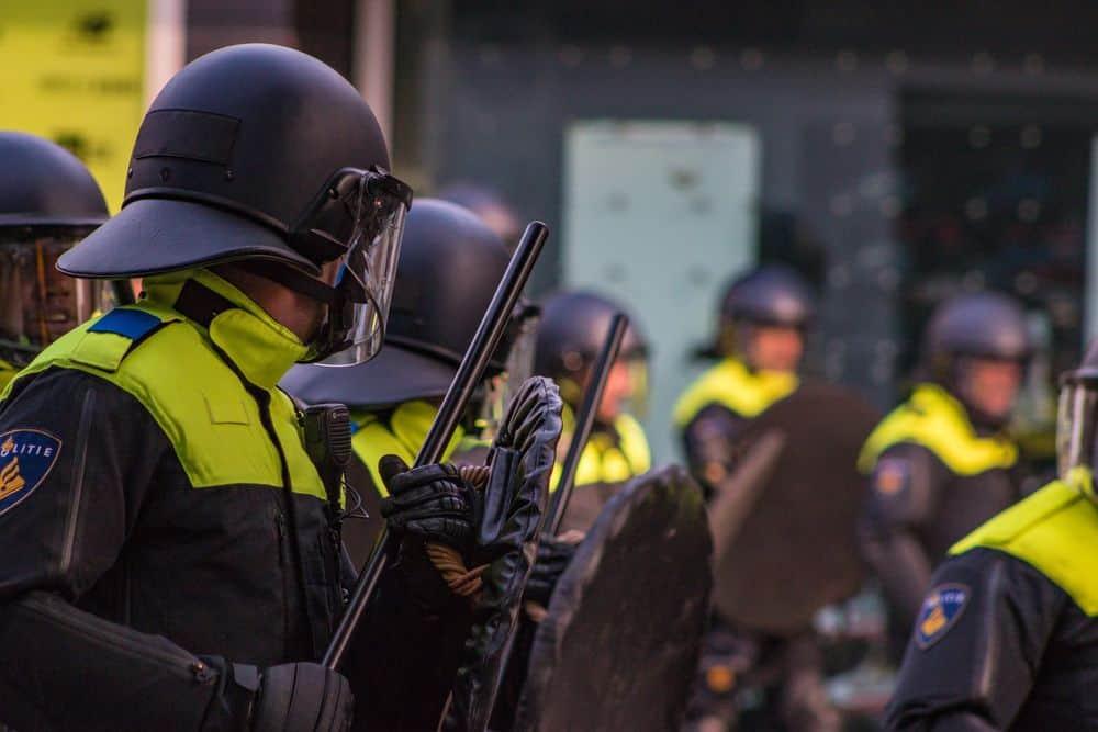 משטרה, הפגנות, סדר ציבורי