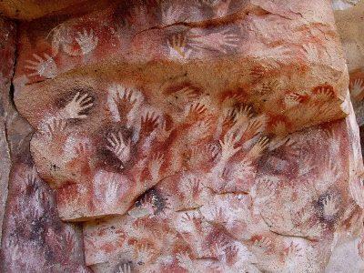 מערת הידיים, ציורי מערות, ארגנטינה