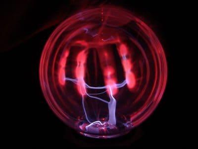 גירוי חשמלי, ניצוץ, פלזמה