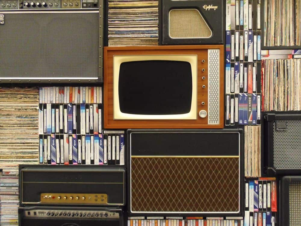 טלוויזיה, רדיו טרנזיסטור