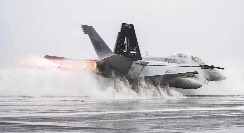 F-18, אף-18, נושאת מטוסים, המפרץ הפרסי