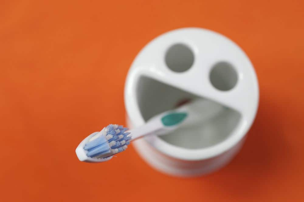 מברשת שיניים
