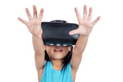 מציאות מדומה, וירטואלית, משקפיים