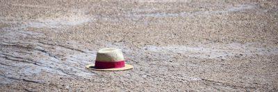 כובע, כובע קש, חוף, בודד