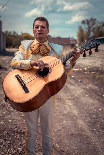 מקסיקו, גיטרה, בס, מריאצ'י